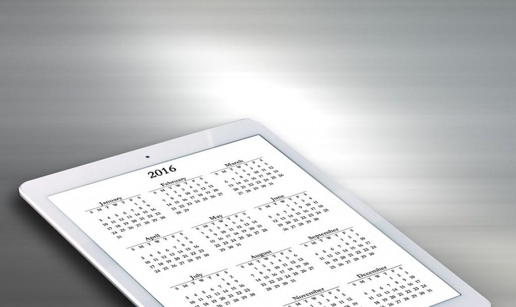 2016 Calendar on tablet