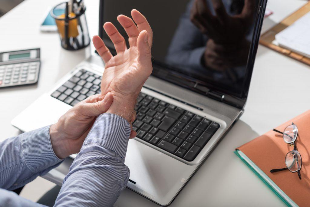 7 Reasons You Need an Ergonomic Keyboard