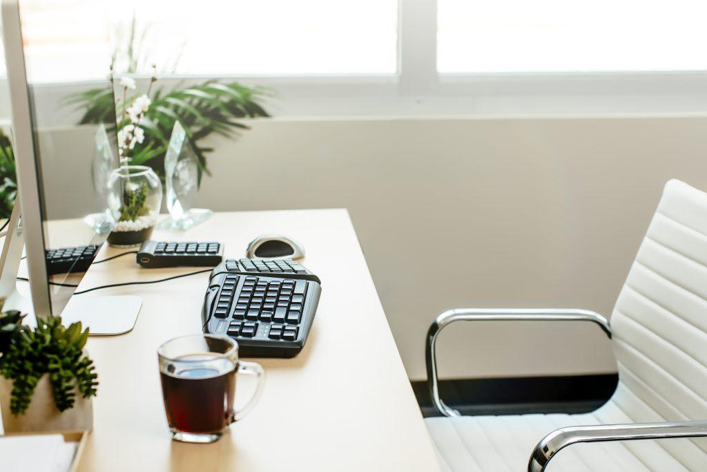 ergonomic keyboard, ergonomic mouse, ergonomic numeric keypad